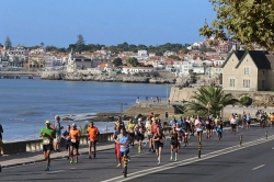 Erakordne poolmaratonide sari erakordsele jooksjale!